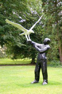 statue dans un jardin à Metz