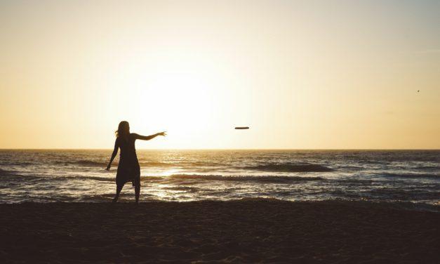 L'ultimate frisbee : un loisir amusant pour toute la famille