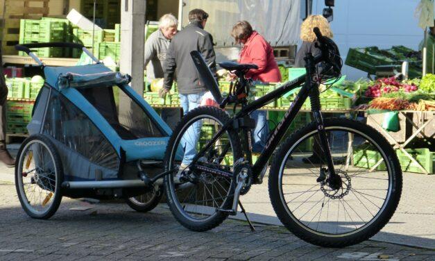 Se déplacer à vélo avec des enfants : quelles solutions ?