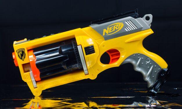 Pistolet Nerf, de la balle en mousse à une marque à la notoriété mondiale